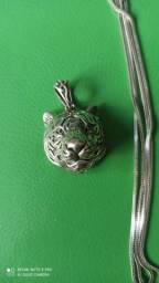 Prata 925 - jóia com detalhe único