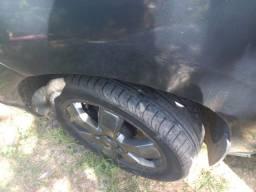 Rodas aro 17 2 pneus 225 50 17 e 2 235 50 17.