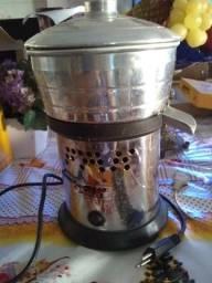 Espremedor de suco fak bivolt