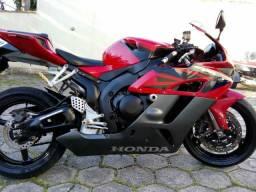 Honda CBR 1100 RR aceito troca - 2004
