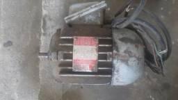 Motor trifasico 0.25 cv