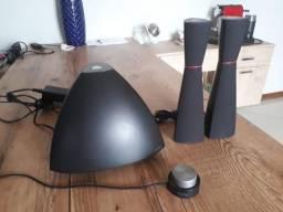 Sistema de alto falantes Edifier 2.1 Muito novo