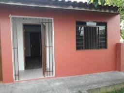 Aluga-se ou vende-se casa em Curitiba