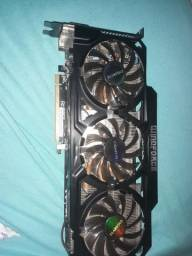 Placa de vídeo R9 270x 2gb