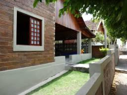 Aluguel temporada ou anual Casa, com internet, 4 quartos Condomínio Bariloche em Gravatá