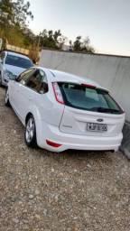 Vende - se Ford Focus 1.6 Flex impecável