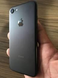 Iphone 7 - 32GB + Brinde 2 capinha originais