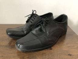 Sapato social preto super novo