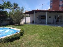 Linda Casa esquina  nascente(Praia d Conceição).4 quartos e Piscina.