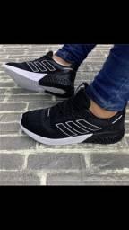 Tênis adidas RUN