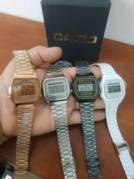 Relógio Casio retro tradicional