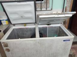 Freezer de duas tampas