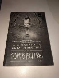 Livro: O orfanato da srta. Peregrine para crianças peculiares // volume I