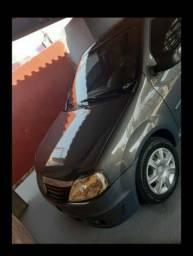 Vendo Logan 2012 1.6 revisado, carro para pessoas exigentes!