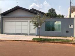 Vende-se Casa Reformada Vila Nasser 140m construídos