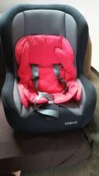 Cadeirinha de bebê e bebe conforto
