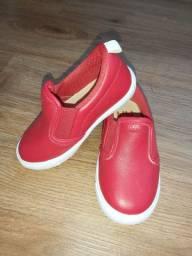 Sapato infantil estilo Mocassim