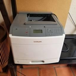 Impressora Lexmark - T650N
