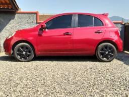 Nissan March 1.6 R$12.500,00 + financiamento