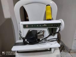 Máquina de costura Singer ponto de ouro