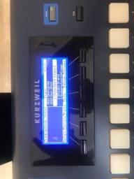 Teclado Kurzweil PC3LE - R$ 3.800,00