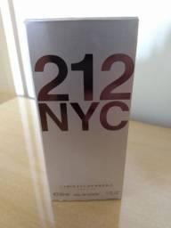 Perfume 212 NYC Carolina Herrera FEMININO 30 ML