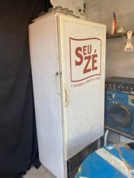 Vendo geladeira freezer