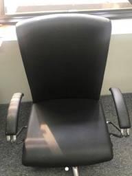 Escritorio vende tudo: Mesas, cadeiras, armários