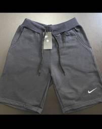 Bermuda de moletom Nike