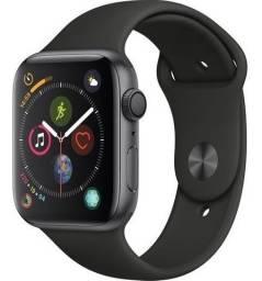 Apple Watch série 4 44mm Preto 4 meses de uso