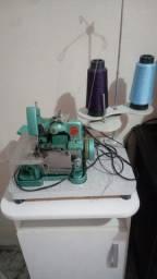 Máquina de costura chinesinha