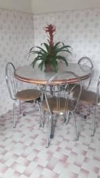 Mesa 6 cadeiras 500,00