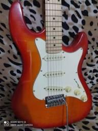 Guitarra impecável