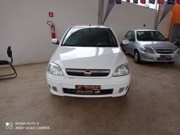 Corsa Sedan Premium Completo