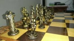 Jogo de xadrez medieval  rei 9cm de metal