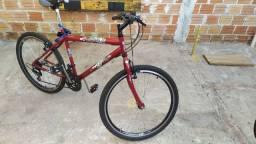 Bicicleta aro 26 - vermelha