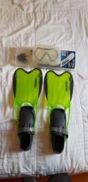 Kit mergulho: snorkel / máscara de mergulho com estojo (Seasub) e nadador (Tribord).