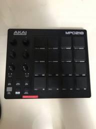 Controladora Akai MPD 218