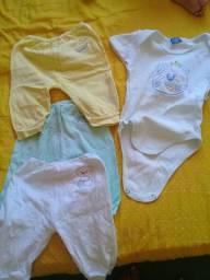 Vende-se roupinhas de bebê 40 reais pra vencer logo