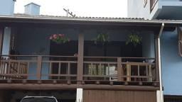 Vendo linda casa na Praia do Rosa SC
