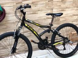Bicicleta semi nova no precinho