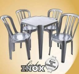 Jogo de mesa Nova!! Na cor Inox. Cadeiras sem Braço
