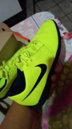 Chuteira Nike socyete