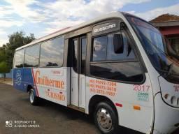 Micro ônibus rodoviário vendo ou troco por caminhão