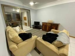 Apartamento dois dormitórios, mobiliado, bairro Zona Nova