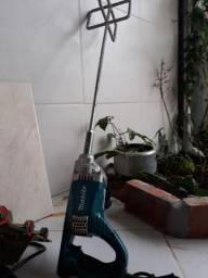 Misturador de argamassa 850w Makita