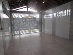 Ama11-Casa 3 Dormitórios - Entrada 150 mil e Parcela direto- 700 mts praia