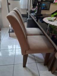 Mesa com 6 cadeiras!