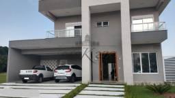 Casa - Condomínio com 4 Garagens à Venda, 450.00 M²