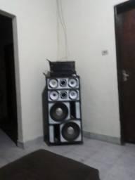 Caixa de som amplificado profissional